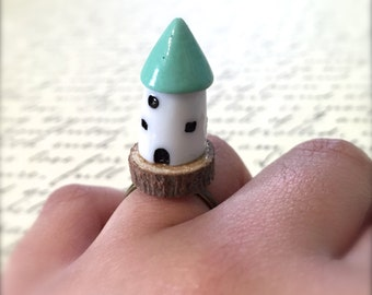 Miniature Gnome House Ring. Wood Ring. Cute Kawaii Miniature Fairy Home. Blue. White. Woodland. Brass. Vintage Style. Under 10. Gnome.