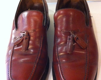 Vintage Mens Burgundy Wingtip Shoes by Hanover