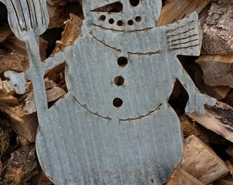 FREE SHIPPING Vintage Style Corrugated Snowman Metal Sign