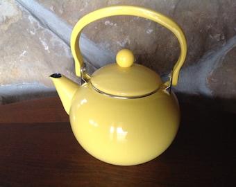 Yellow Enamel Tea Pot, With Lid, Sunny Yellow, Metal, Kitchen Accessory, Modern, Round Knob Lid