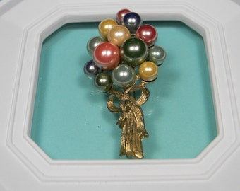 Little Nemo Elegant Figural Balloon Brooch or Pin, Multi-Color Faux Pearls, Vintage