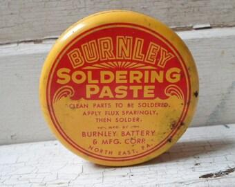 Tin Box, Small Tin, Vintage Tin, Great Graphics, Tin, Storage Tin, Prop, Props, All Vintage Man, AllVintageMan