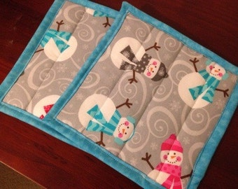 Bright, quilted Snowman Pot Holder set