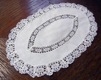 Vintage White Lace Dollie, white cotton dollies, Vintage Table Decoration