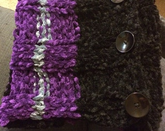 Velvety Button Cowl