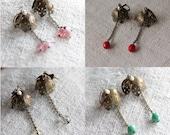 COROLLE earrings - Brass earrings with glass pearls