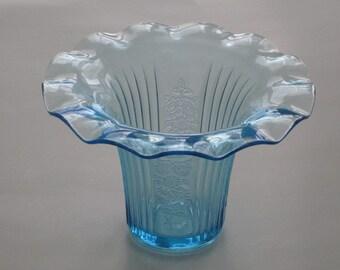 Mayfair Open Rose Blue Sweet Pea Vase