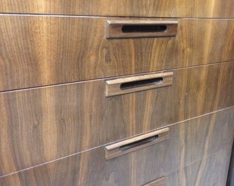 Walnut mid century modern,Chest of Drawers, Dresser