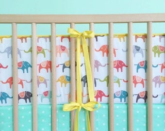 Crib Bumper Bright Elephants and Yellow. Elephant Baby Bedding. Elephant Crib Bedding. Baby Boy Nursery. Gender Neutral Baby Bedding.