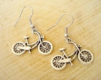 Dutch Bike earrings. Holland Earrings. Earrings Made in Holland. Silver bike earrings. Bike earring. Linnepin010