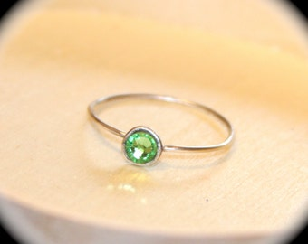 Peridot Sterling Silver Thin Ring, Stone Stacking Ring, August Birthstone Ring, Midi Ring, Knuckle Ring, August Gemstone Ring