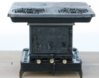 Antique Rare Fine Cast Iron Garland Oil Stove Made By Barstow Stove Company Fully Restored w/ Original 2 Rack Oven & A Flat Iron Heater