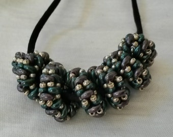 Spiral Necklace. Beaded Jewelry
