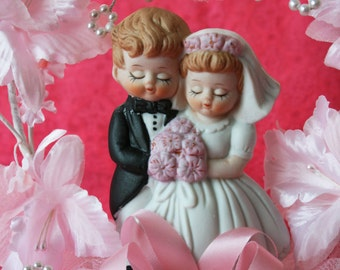 Vintage Wedding Cake Topper, Pink Wedding Cake Topper, Precious Moments Wedding Cake Topper, Bride and Groom, Pink
