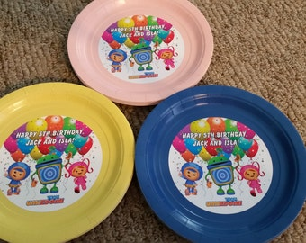 Team Umizoomi birthday plates with balloons on them