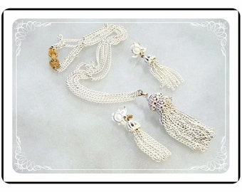Vintage Monet Demi - Mod White Chain Necklace & Earrings Set Signed   -   Demi-1741a-121012000