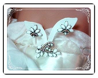 White Juliana Demi - Simple Vintage Elegant Jappaned D and E   Demi-466a-103007030
