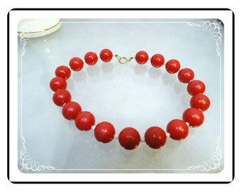Apple Red Bead Necklace - Vintage Necklace with White Spacer Beads   -   Neck-1710a-121012000