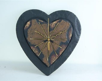 "Heart-shaped slate wall clock 8"" x 8"" approx. 20 cm x 20cm"