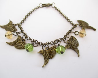 Bird Bracelet, Sparrow Bracelet, Dainty Bird Bracelet, Women's Bracelet, Bird Lover Gift, Bird Jewellery, Bird Gift, Animal Jewellery