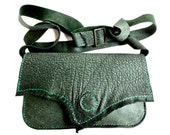 Green leather purse, fully lined purse.