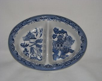 Churchill of England Blue Willow Oval Divided Vegetable Dish