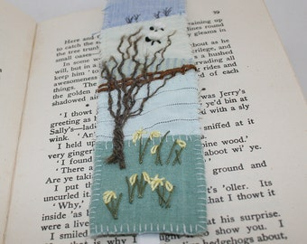 Appliqueed and Embroidered Bookmark - Spring Daffodils and Sheep