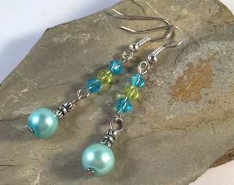 EARRINGS Mint Green Pearly Bead and Bicone Glass Bead Dangle on Silver Tone Hooks