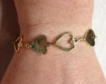Vintage Goldtone Heart Design Bracelet