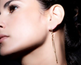 ON SALE, Free shipping, gold earrings, Handmade jewelry, wire earrings, unusual jewwelry