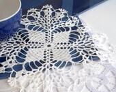 Square crochet doily White crochet doilies Lace placemat Handmade linen lace doilies