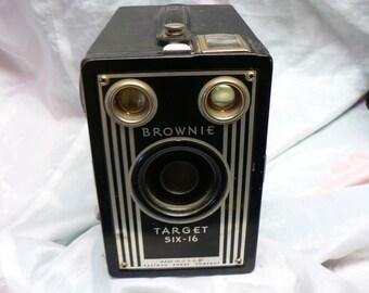 Brownie Target Six -16 Camera