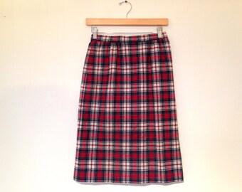 Vintage Pendleton Skirt / Small / Plaid Wool Skirt