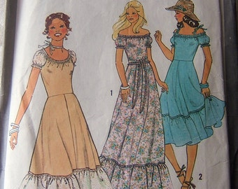 Simplicity 8568 vintage size 6 and 8 carefully cut to an 8 womans dress