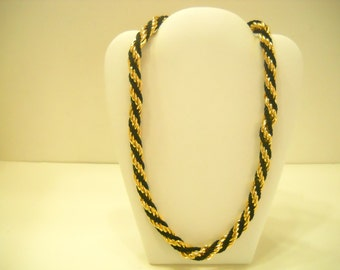 Classic Black & Gold Twisted Necklace (752)