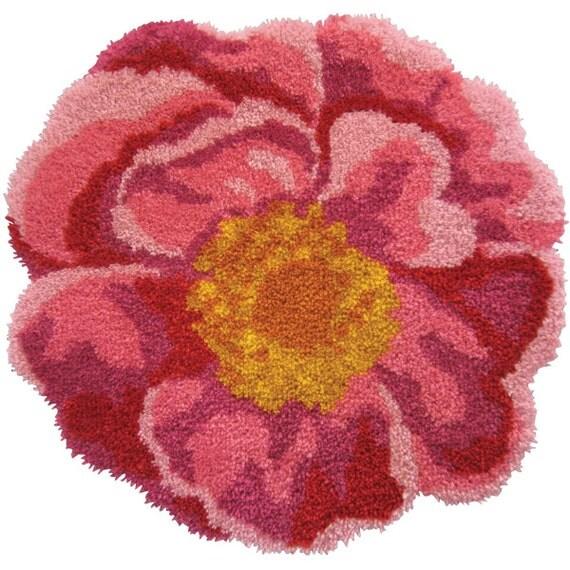 Latch Hook Rug Kit Pink Flower Rug Kit By EssentialKnits