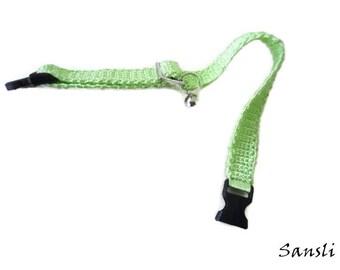 Cat collar-collar cat-adjustable collar-custom collar-crochet cat collar-cat accessories-.Adjustable cat collar green with Bell