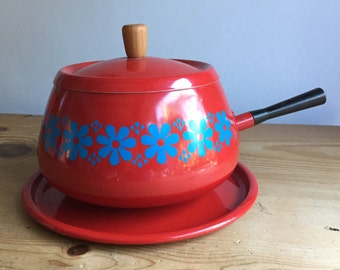 Beautiful Vintage Red and Blue Daisies Catherineholm Style Enamelware Fondue Pot Set with Lid No Stand