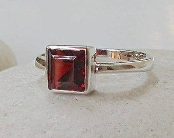 Tiny Square Garnet Ring- Stackable Ring- Promise Ring- Engagement Ring- Gemstone Ring- Birthstone Ring- Red Stone Ring- Garnet Ring
