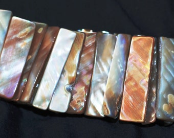 Mother of Pearl  stretchable  bracelet  6540