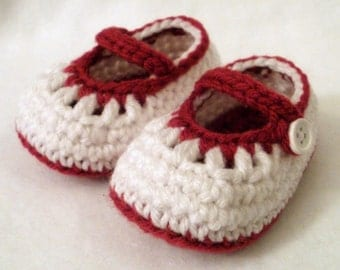 SALE Crocheted Baby Girl Booties White and Magenta Colored Newborn Baby Booties White Mary Janes Crocheted Newborn Mary Janes
