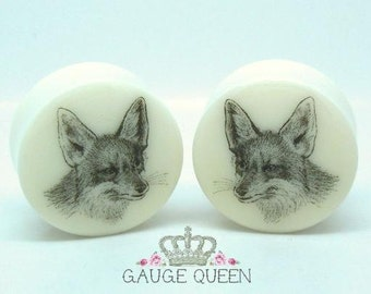 "Vintage Fox Plugs / Gauges. 4g /5mm, 2g /6.5mm, 0g /8mm, 00g /10mm, 1/2"" /12.5mm, 9/16"" /14mm, 5/8"" /16mm, 3/4"" /19mm, 7/8"" /22mm, 1"" /25mm"