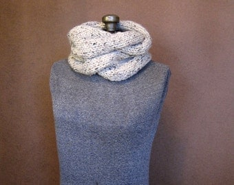 Chunky Cream Cable Knit Cowl - The Harper - Oatmeal