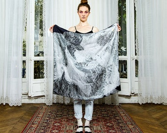 FREE SHIPPING Worldwide - Silk scarf- scarve -Designer. Generative. Made in France.