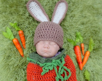 Bunny Hat and carrot cocoon.Size:Newborn Ready to ship
