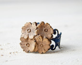 Brass flower ring / vintage brass ring / upcycled vintage ring / filigree ring / flower cluster ring / repurposed ring
