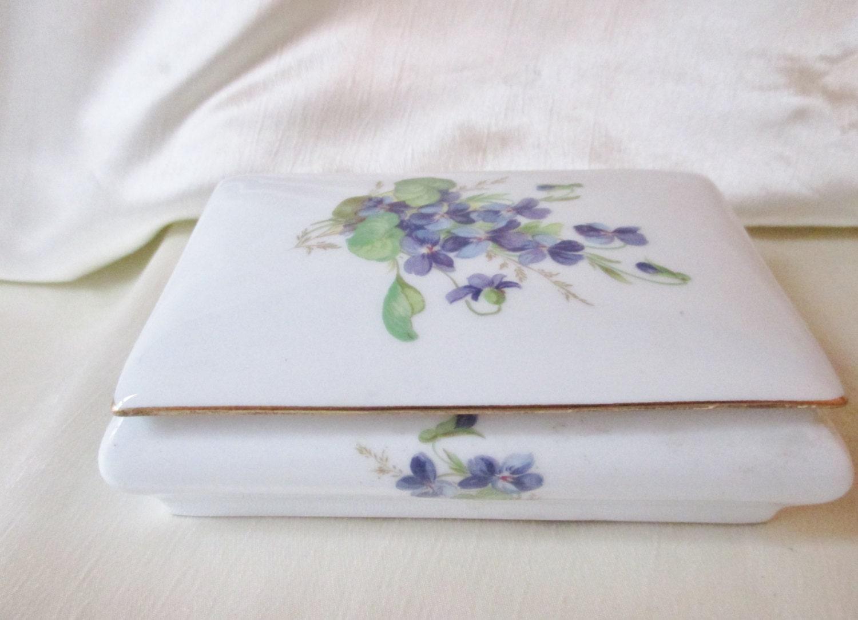 1970 limoges porcelain boudior box violet transfer gold. Black Bedroom Furniture Sets. Home Design Ideas
