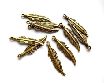 10 Antique Bronze Feather Charms - 21-35-3