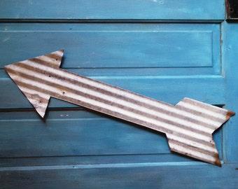 Barn tin arrow