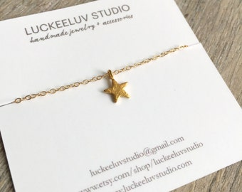 Gold Star Necklace \\ Delicate Jewelry \\ 14K Gold Filled